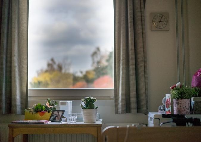 Grote ramen voor aangenaam veel daglicht.